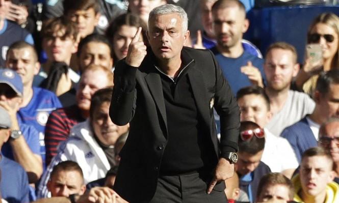 مدرب مانشستر يونايتد مهدد بالعقوبة