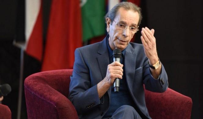 """ربعي المدهون يستقيل من """"الشرق الأوسط"""" السّعوديّة على خلفيّة قضية خاشقجي"""