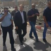 """تمهيدًا لإنهاء عمل """"أونروا"""" بالقدس: بركات بمخيم شعفاط بحماية الشرطة"""