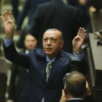 إردوغان يطالب الملك سلمان بتسليم المتورطين بقتل خاشقجي