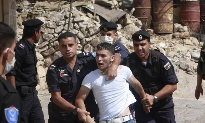 اعتقالات تعسفية وتعذيب منهجي في ظل السلطة الفلسطينية وحماس