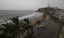 """الإعصار """"ويلا"""" يضرب غربي المكسيك"""