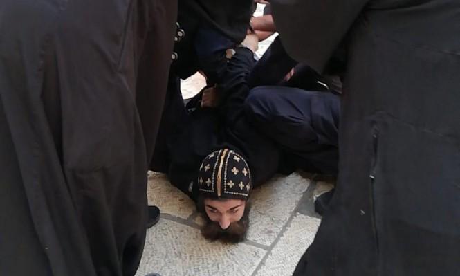 إدانة لاعتداء الاحتلال على الرهبان في ساحة كنيسة القيامة