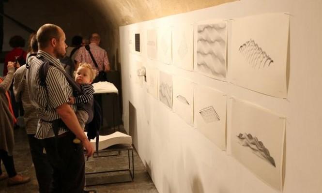 """مؤسسة المعمل تعلن تمديد معرض """"القدس: واقع واحتمالات"""""""