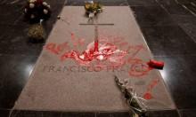 اعتقال فنان إسباني رسم رمزا للحرية على قبر الدكتاتور
