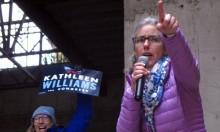 النساء الأميركيات قد يحسمن المعركة الانتخابية بمجلس النواب