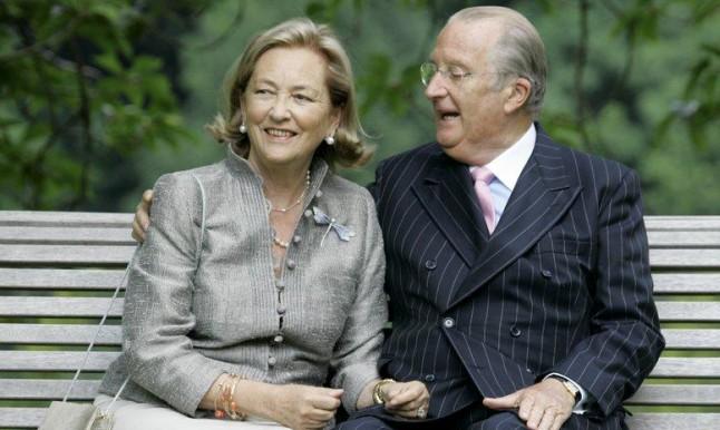 محكمة تأمر ملك بلجيكا السابق بإجراء فحص أبوّة