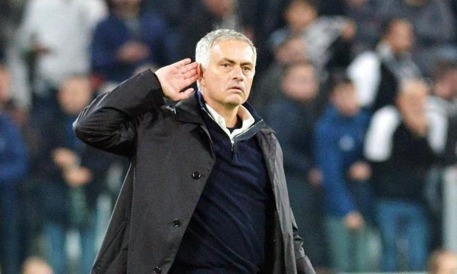 """مورينيو يسخر من جماهير يوفنتوس: """"اطلبوا الترجمة من الاتحاد الإنجليزي"""""""
