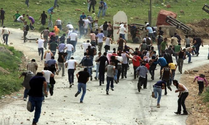 إصابات واعتقالات في قمع الاحتلال لمسيرة سلمية غرب رام الله