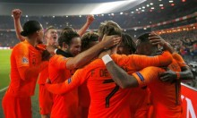 هولندا تهزم بطلة العالم بهدفين نظيفين