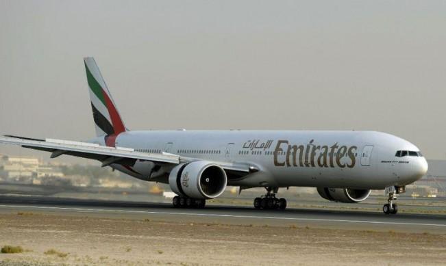 طيران الإمارات: مُقبلةٌ على فترة صعبة بعد هبوط أرباحها