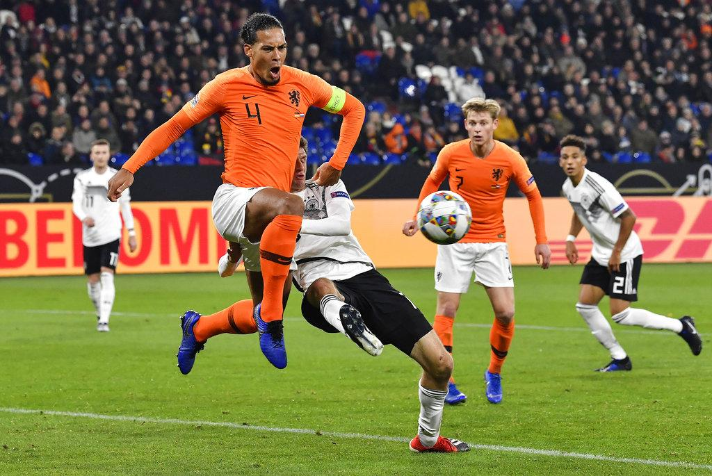 هولندا تتعادل أمام ألمانيا وتخطف بطاقة التأهل