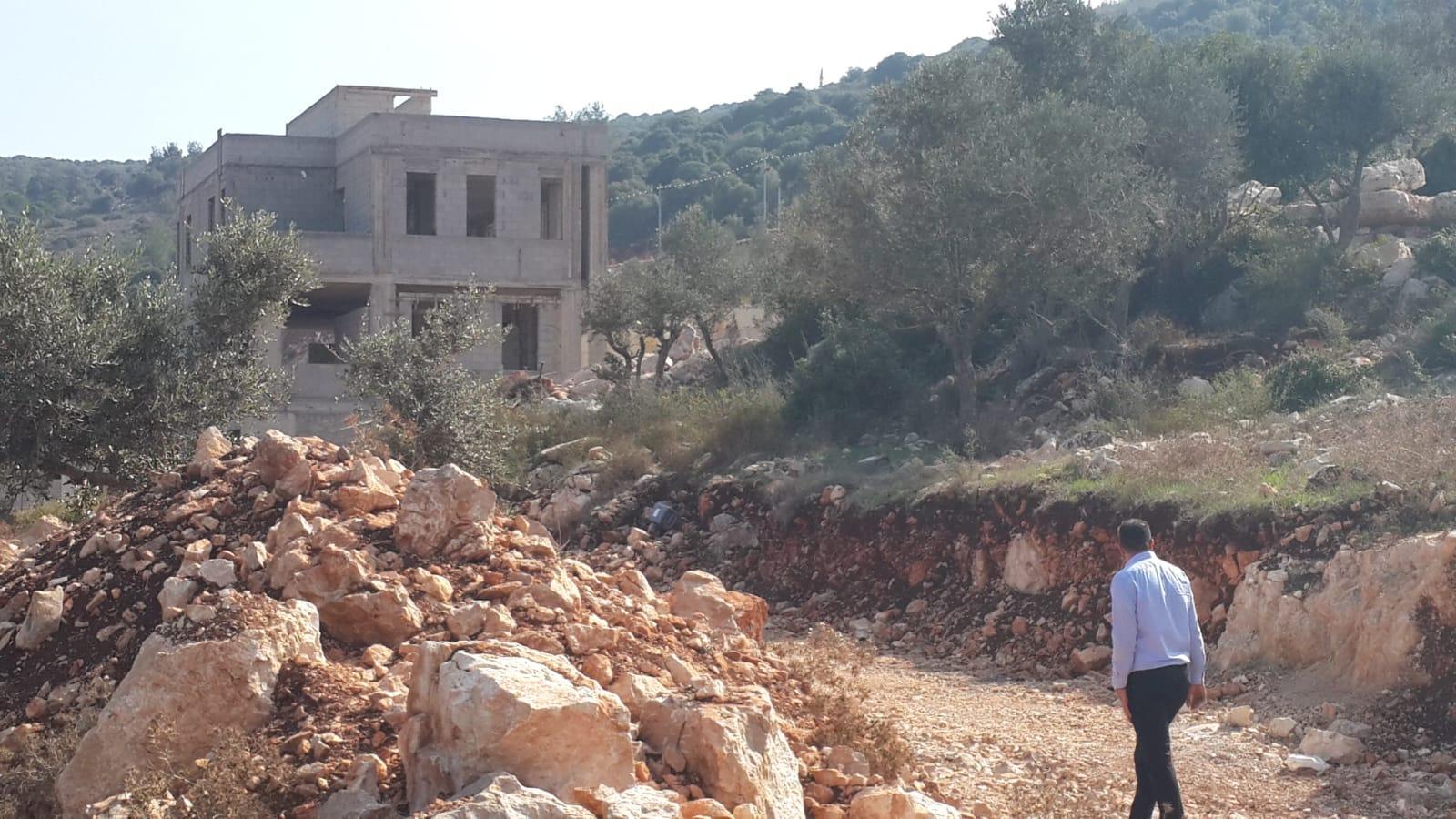 وادي عارة: 5 أوامر هدم لمنازل في خور صقر