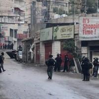 اقتحام مخيم شعفاط ومخاوف من تجديد عمليات الهدم