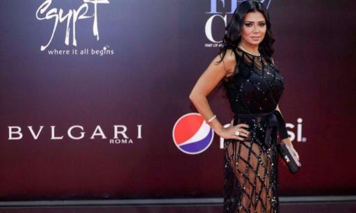 نبض الشبكة: فستانُ رانيا يوسف يكشفُ عورة الحكومة المصرية!