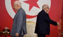"""المشهد السياسي التونسي: """"النهضة"""" بين الشاهد والسبسي"""