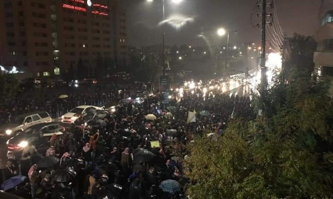 الأردن: احتجاج على قانون الضرائب يطالب برحيل الحكومة والبرلمان