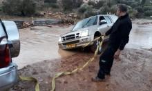 أمطار غزيرة في بلدات المثلث: إغلاقُ شوارع وانهيارُ صخور