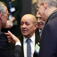 وزير خارجية فرنسا يحذر ترامب: لا تتدخل في شؤوننا