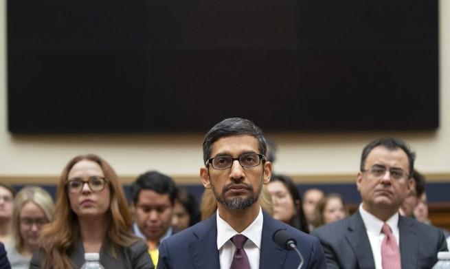 """مدير """"جوجل"""" يواجه جلسة استماع بالكونغرس والصين في مركزها"""