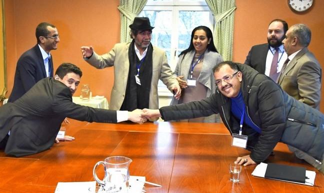 حكومة هادي تتفق مع الحوثي على تبادل 16 ألف أسير