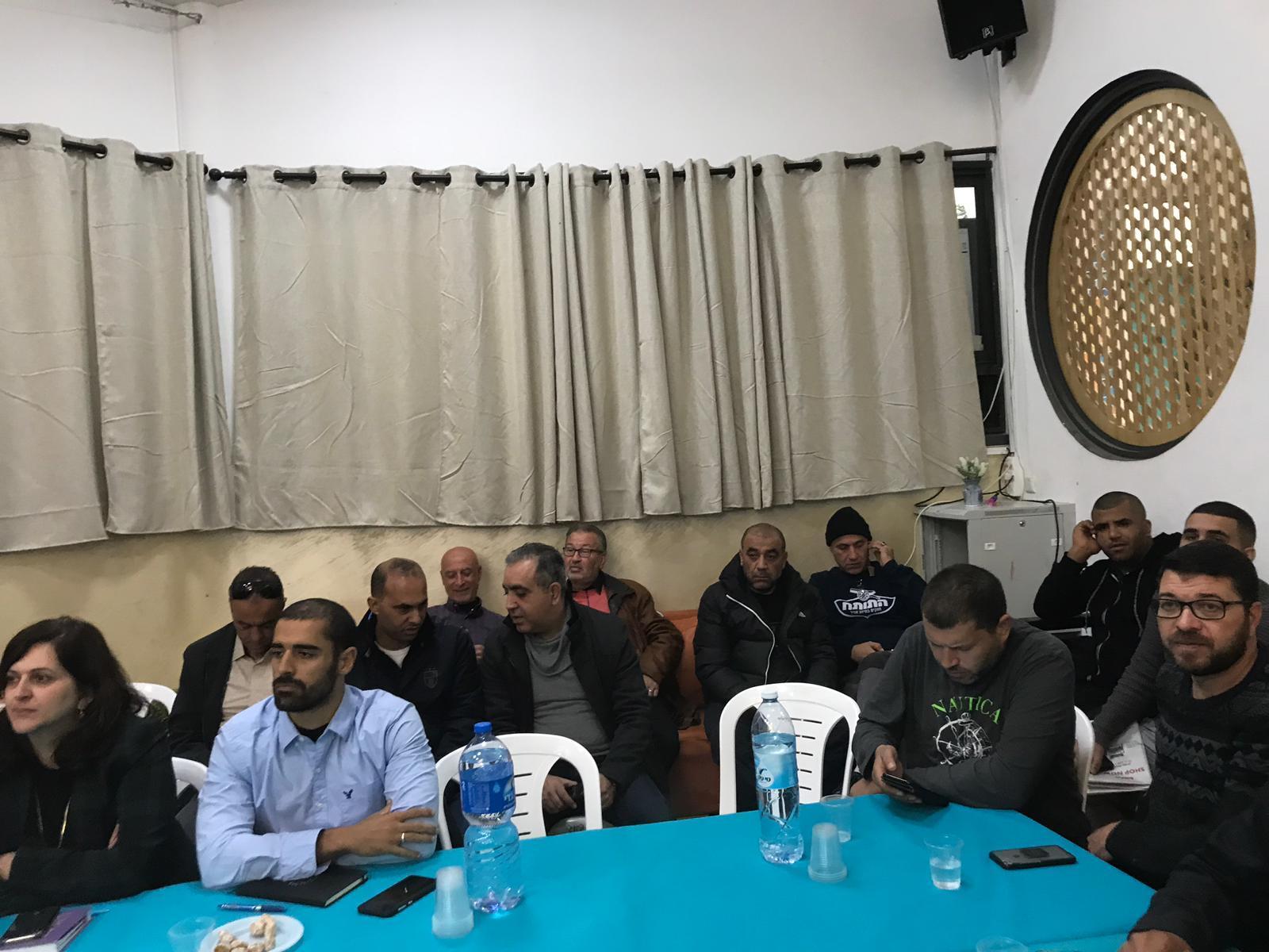 اللد: اجتماع طارئ للجنة المتابعة إثر جرائم القتل الأخيرة