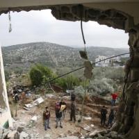 في ظل التصعيد: ممثل السلطة الفلسطينية يجتمع مع رئيس الشاباك