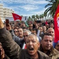 مهدُ الثورة التونسية يغلي