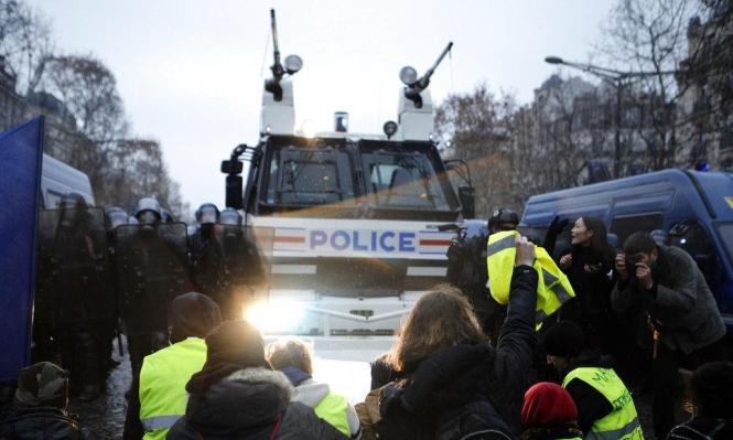 """فرنسا تسعى لاحتواء أزمة """"السترات الصفراء"""""""