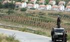 """مستوطنون يزعمون شراء أرض من فلسطينيين قرب """"عمونة"""""""