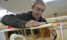طبيب تركي يحقق حلمه بتصميم الطائرات المصغّرة