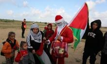 """""""بابا نويل"""" في فلسطين"""