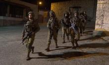 اعتقالات بالضفة واعتداءات للمستوطنين في بلدة حوارة