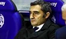 تقارير: برشلونة يراقب مدربا لخلافة فالفيردي