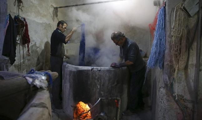 إيران: الأزمة الاقتصادية أعمق مما تسببته العقوبات الأميركية