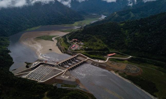 الإكوادور: فشل السد الصيني لا يعني أن الديون توقفت