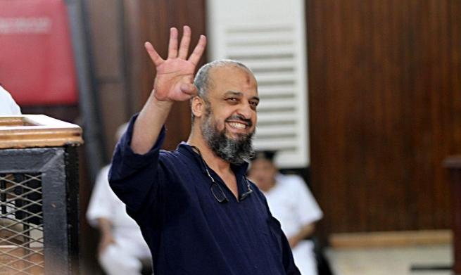 البلتاجي يواجه مبارك في المحكمة