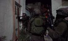 اعتقالات بالضفة واستهداف للمزارعين بغزة
