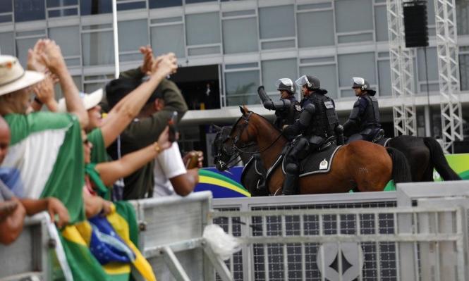 بولسونارو يتسلم السلطة.. والبرازيل تدخل المجهول