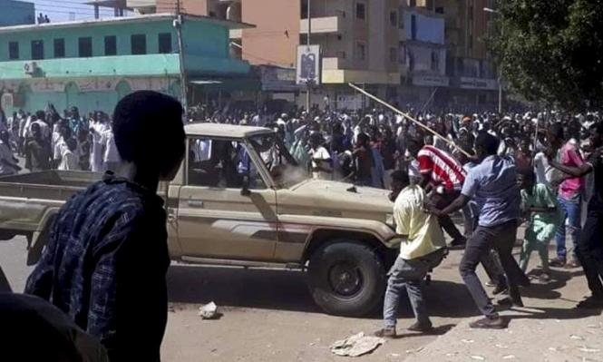 الشرطة السودانية تقمع تظاهرة تطالب باستقالة البشير