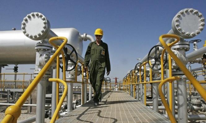 رغم الإعفاءات: صادرات إيران النفطية في تراجع مستمر