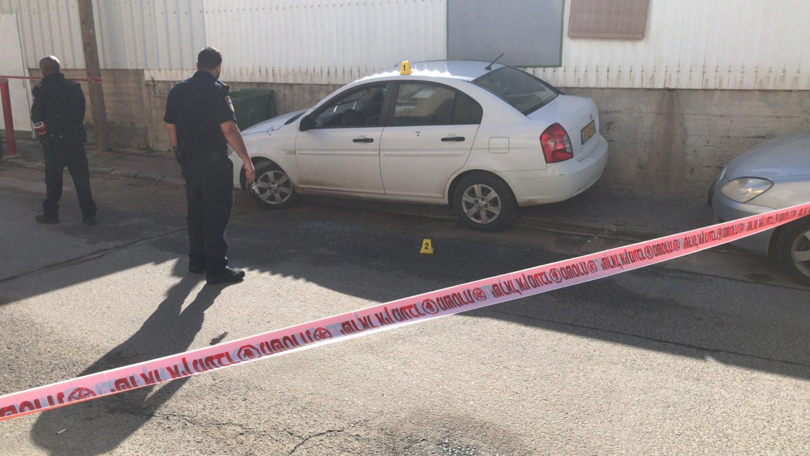 قلنسوة: اطلاق نار على سيارة مسؤول الجباية