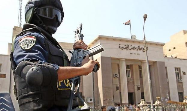 """الداخلية المصرية تعلن تصفية ستّة """"مسلّحين"""""""