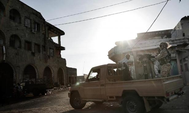 اليمن: مصرع قائد الاستخبارات العسكرية متأثرا بإصابته بتفجير قاعدة العند