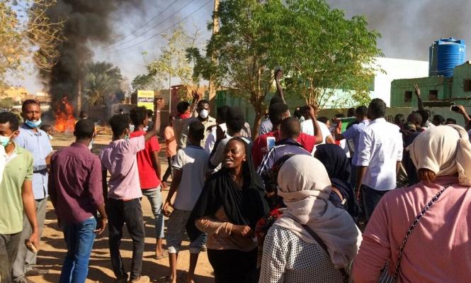 احتجاجات ليلية في الخرطوم والشرطة تقمع المتظاهرين