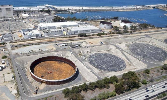 دراسة تحذر من مخاطر عملية تحلية المياه على البيئة