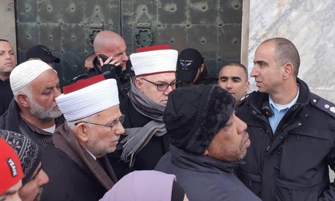 اعتقالات بالقدس وإبعاد 4 حراس للأقصى عن المسجد
