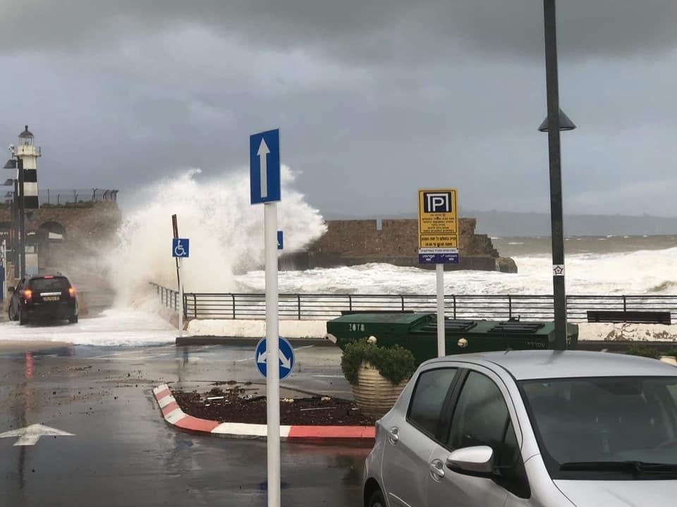 العاصفة: ثلوج وأمطار ورياح شديدة وبرد قارس
