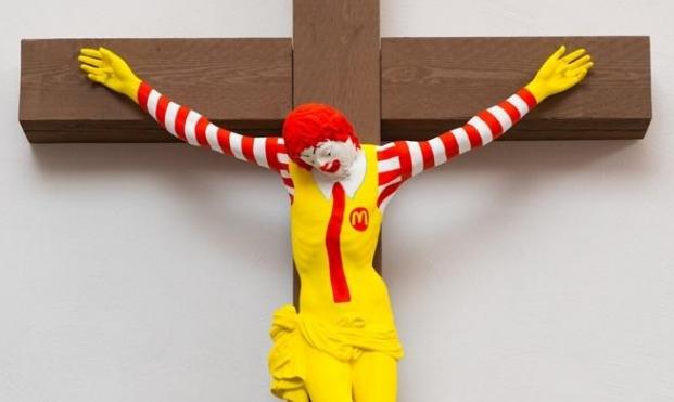 """حيفا: رؤساء الكنائس وكاليش يتفقون على إزالة """"ماك يسوع"""""""