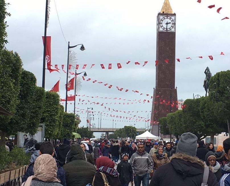 تونس: نجاح إضراب مئات آلاف الموظفين العموميين ودعوات للتصعيد